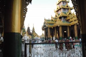 Shwedagon Pagoda7